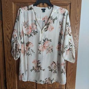 Rue 21 plus floral blouse